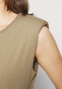 edc by Esprit - Basic T-shirt - khaki - 5