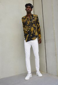 Versace Jeans Couture - PRINT REGALIA BAROQUE - Shirt - nero/oro - 2