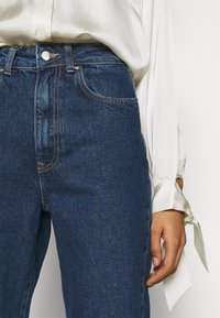 Anna Field - MOM FIT JEANS - Jeans Tapered Fit - blue denim - 3
