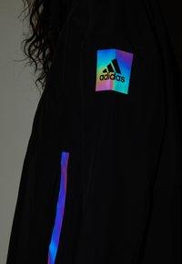 adidas Performance - MYSHELTER - Regnjakke / vandafvisende jakker - black/rairef - 7