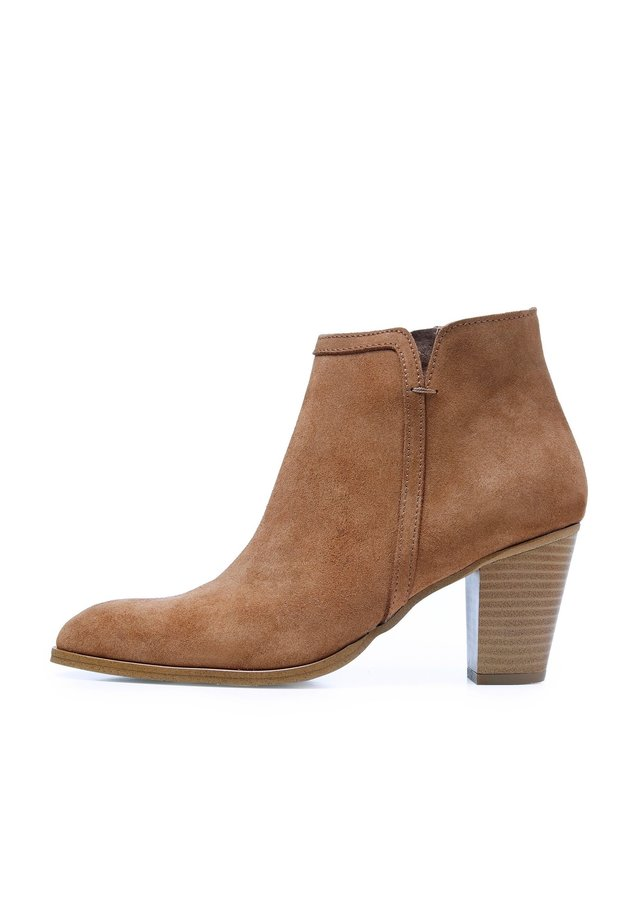 Classic ankle boots - muscade