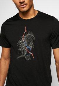 Icebreaker - TECH LITE CREWE QUILL - Print T-shirt - black - 4