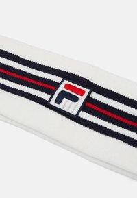 Fila - INTARSIA HEADBAND WITH BOX LOGO UNISEX - Čelenka - blanc de blanc/true red/black iris - 2