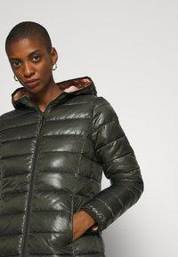Q/S designed by - OUTDOOR - Zimní kabát - olive - 3