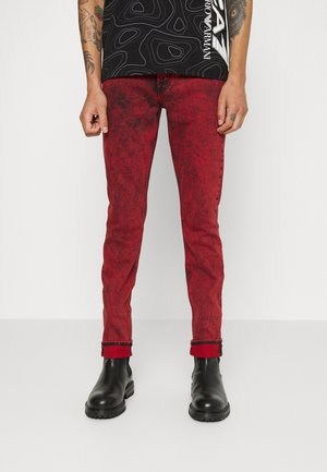 RONNIE - Jeansy Slim Fit - red