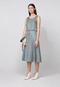 BOSS - VIMAS - A-line skirt - patterned - 1