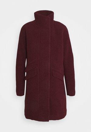 Classic coat - fire red