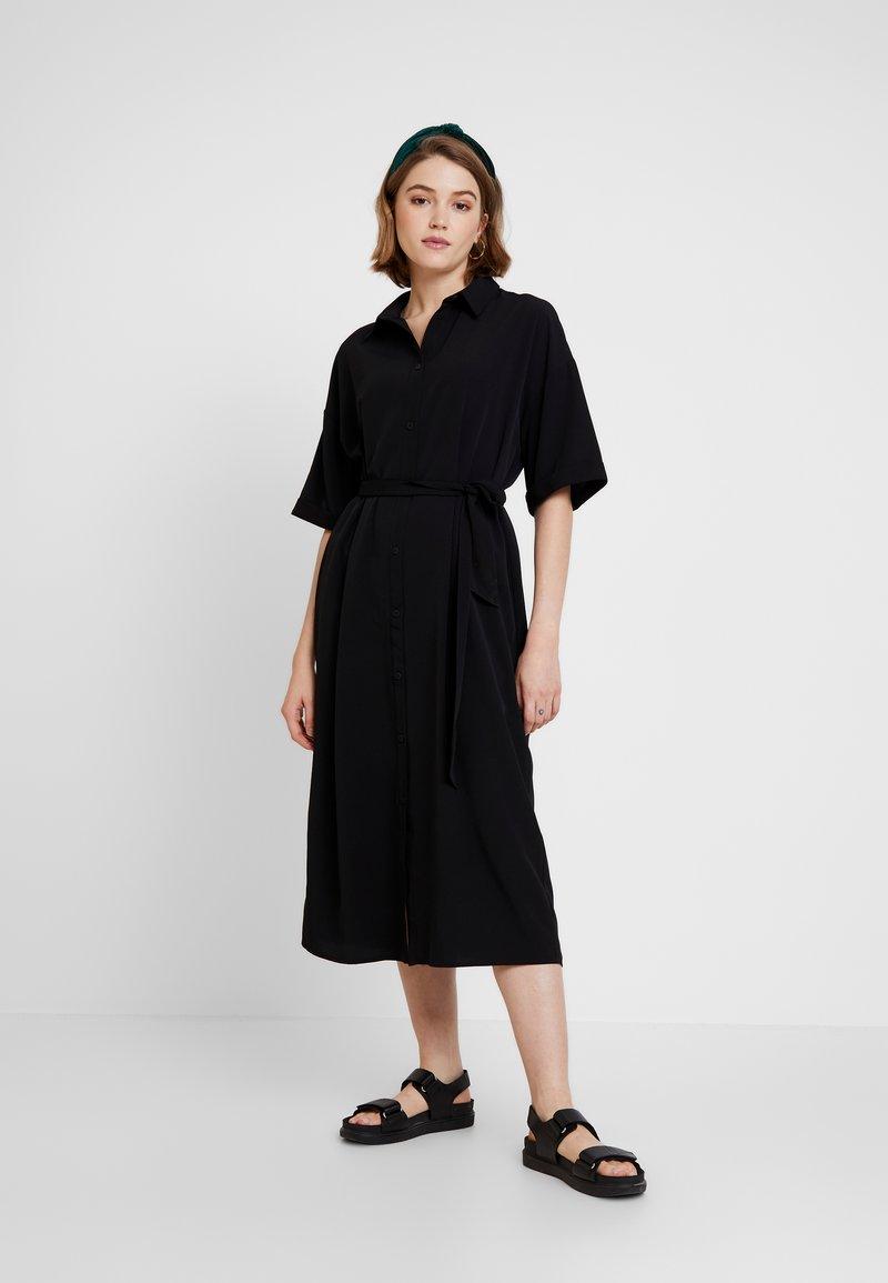 Monki - ELOISE DRESS - Skjortekjole - black