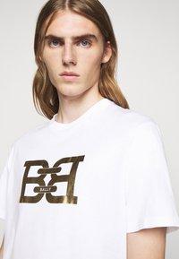 Bally - Print T-shirt - white - 3