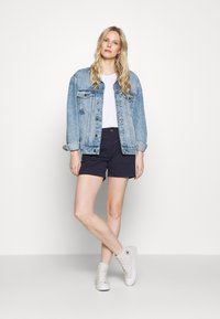 GAP - Shortsit - true indigo - 1
