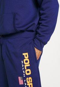 Polo Ralph Lauren Big & Tall - Tracksuit bottoms - fall royal - 4