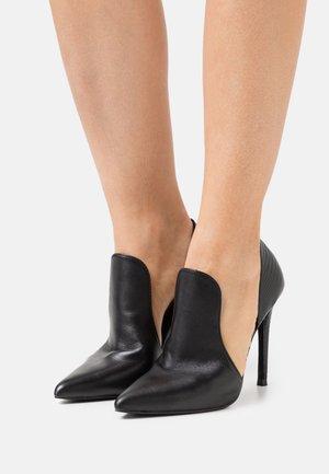DARLIN - Classic heels - black