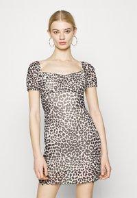 Topshop - NEW MONO LEOPARD MINI DRESS - Shift dress - mono - 0