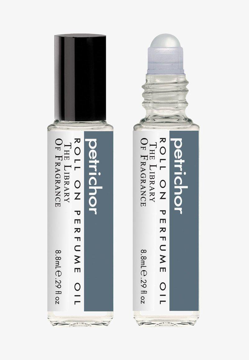 The Library of Fragrance - ROLL ON PERFUME  - Eau de Parfum - petrichor