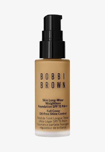 MINI SKIN LONG-WEAR WEIGHTLESS FOUNDATION - Foundation - natural tan