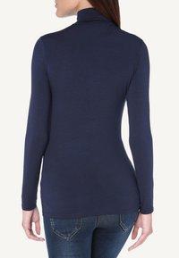 Intimissimi - LANGARM-SHIRT AUS MIKROMODAL MIT ROLLKRAGEN - Long sleeved top - deep blue - 1