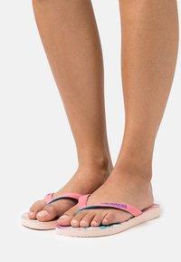 Havaianas - TOP FASHION - Pool shoes - ballet rose - 0