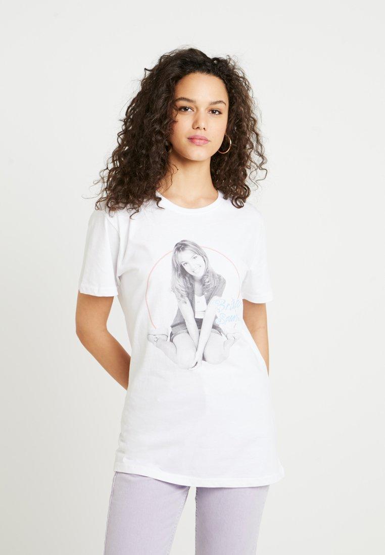Merchcode - BRITNEY SPEARS - T-shirts med print - white