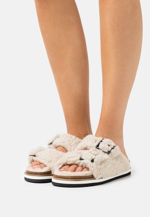 ANDREA  - Mules - offwhite