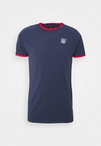 PREMIUM RINGER GYM TEE - Print T-shirt - navy