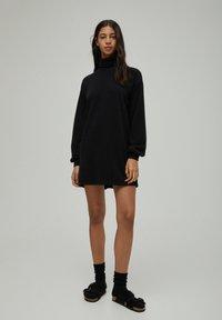 PULL&BEAR - Denní šaty - black - 1