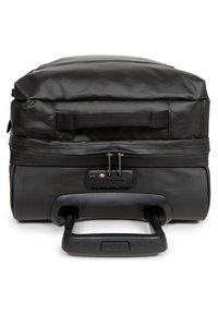 Eastpak - TRANVERZ - Wheeled suitcase - black - 3