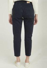 NAF NAF - DAILY - Trousers - blue - 2