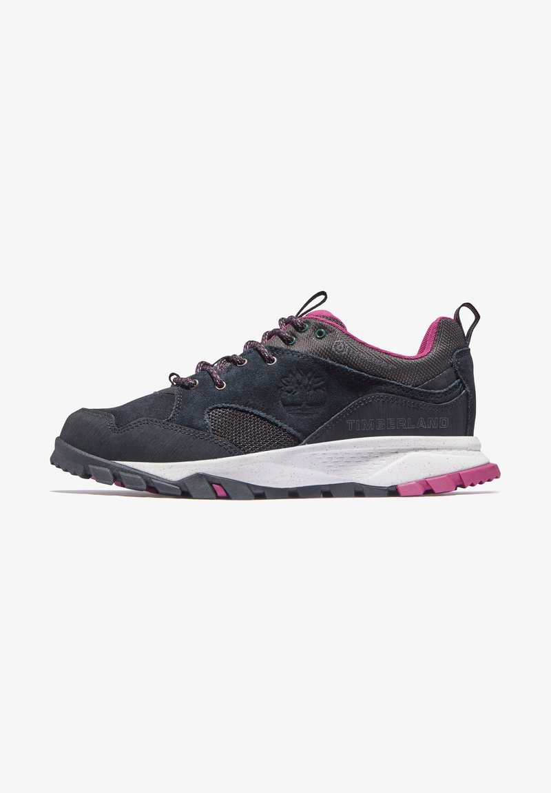 Timberland - GARRISON TRAIL LOW WP - Casual lace-ups - jet black