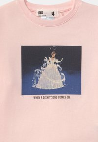 Cotton On - DISNEY CINDERELLA CREW - Sweatshirt - pink - 2