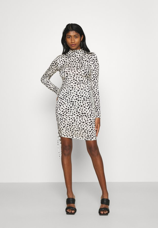 DALMATION SLINKY RUCHED MINI - Cocktail dress / Party dress - white/black