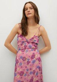 Mango - GEMUSTERTES - Day dress - rosa - 2