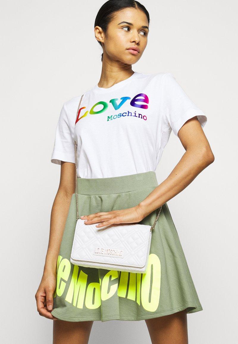 Love Moschino - Across body bag - bianco