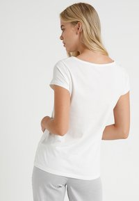 Marc O'Polo - CREW NECK - Pyjama top - off-white - 2