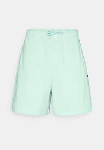 BRADLEY - Shorts - lichen