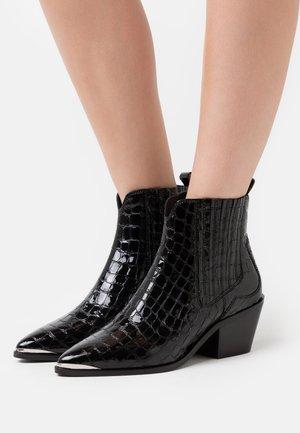 STAGE - Støvletter - black