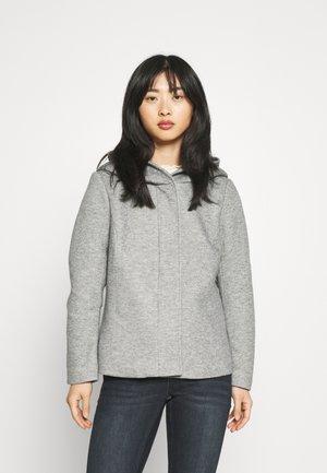 ONLNEWSEDONA SHORT LIGHT JACKET - Summer jacket - light grey melange