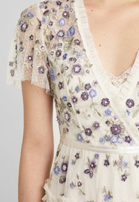 Needle & Thread - PRARIE FLORA DRESS - Day dress - champagne - 6