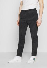 Paul Smith - GENTS DRAWSTRING TROUSER - Pantaloni - black - 0