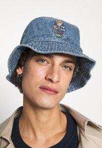 Polo Ralph Lauren - BUCKET HAT BEAR - Hatt - light blue - 1
