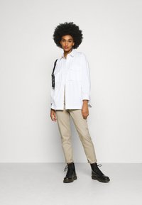 Dr.Denim - NORA - Relaxed fit jeans - cashew - 1