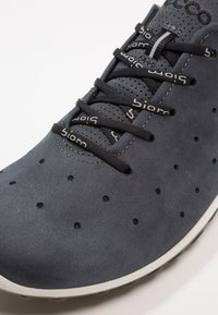 ECCO - BIOM LITE - Obuwie hikingowe - denim blue/dark shadow - 5