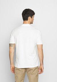 Zign - UNISEX - Basic T-shirt - white - 2