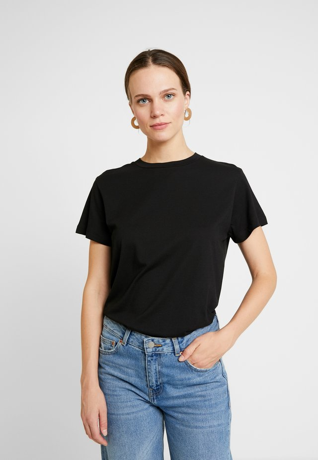 VALDIS TEE - T-shirts - black