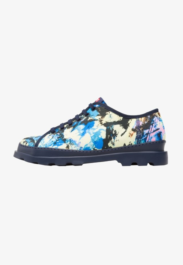 Chaussures à lacets - multicolor