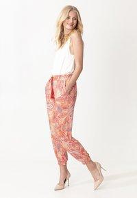 Indiska - RADHAA - Trousers - pink - 2