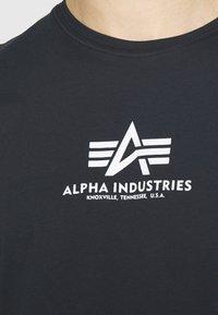 Alpha Industries - Print T-shirt - blue - 5