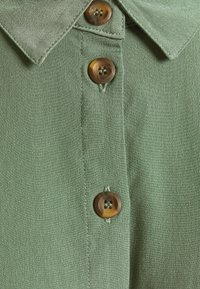 ONLY Petite - ONLHANNOVER PETIT SHIRT DRESS  - Skjortekjole - laurel wreath - 2