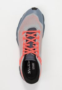 Salewa - LITE TRAIN - Hikingsko - blue fog/fluo coral - 1