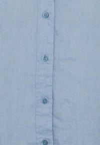 Lauren Ralph Lauren Woman - KARRIE LONG SLEEVE - Button-down blouse - dust blue - 2