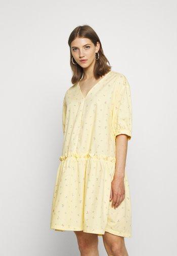 ROBIN DRESS - Vestido informal - yellow